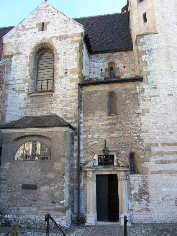 (Krakow has over 100 active churches)