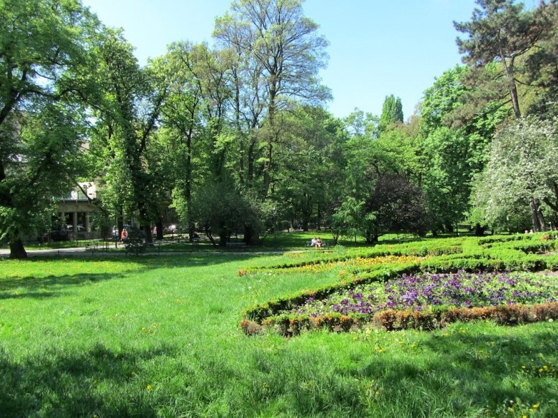 its a nice day for a walk in the Planty Park around the old town