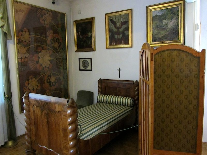 along with much of his furnishings