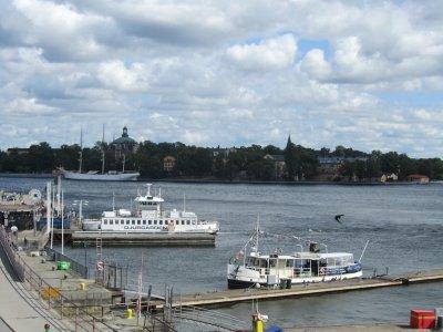 in town again, now heading for Skeppsholmen (ships island)
