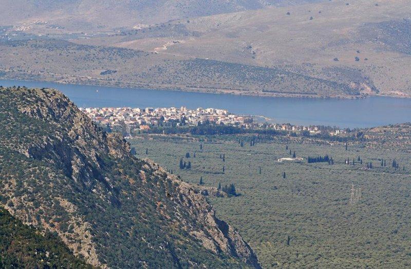 Itea seen from Delphi