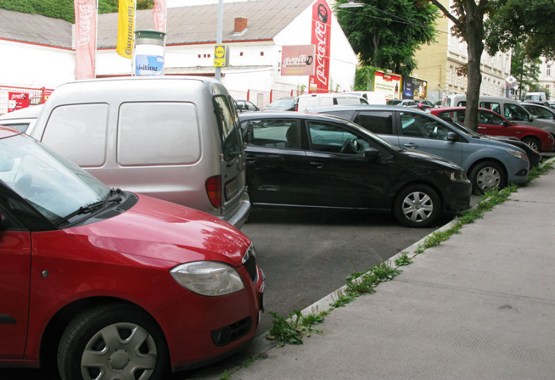 diagonal parking