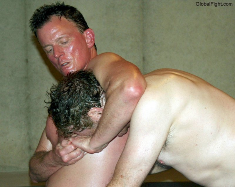 big daddybears headlock wrestling maneuvers pics.jpg