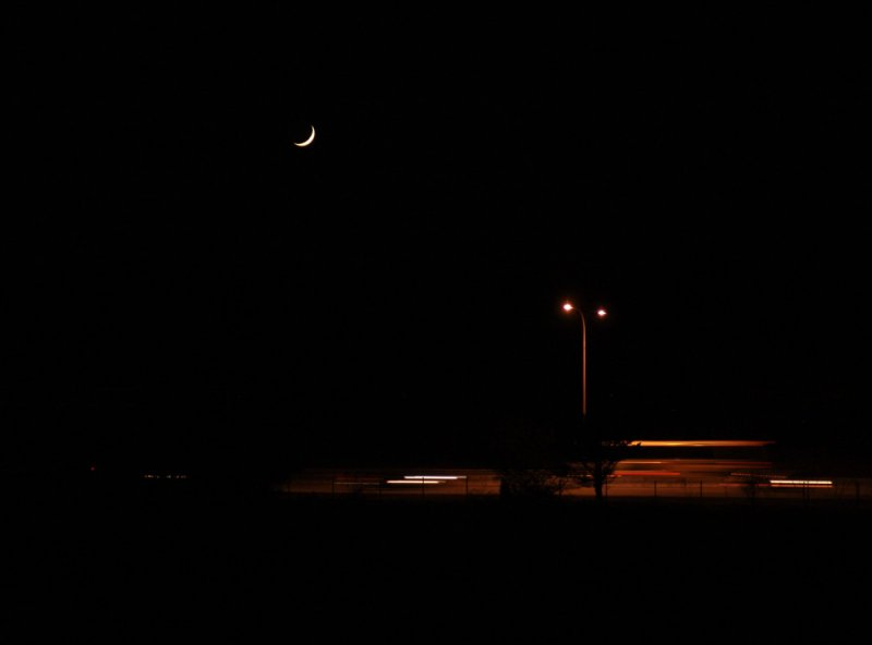 route 146 at night