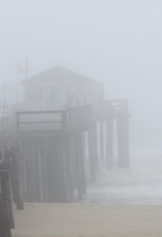foggy fishing pier 729.jpg