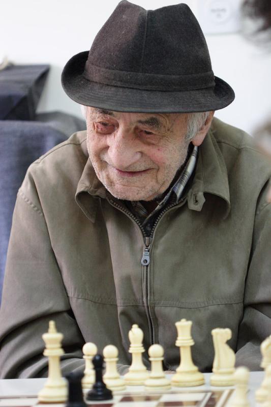 piThe senior citizens club Ramat Gan Israel2.jpg