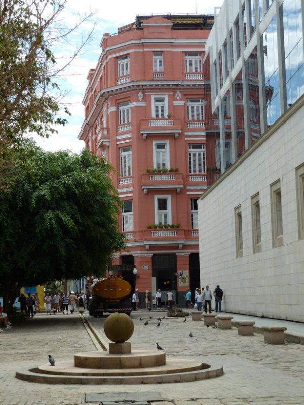 Hotel Ambos Mundos aka Hemingway Hotel