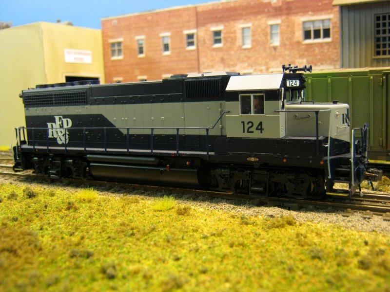 Atlas RF&P GP40 #124 customized