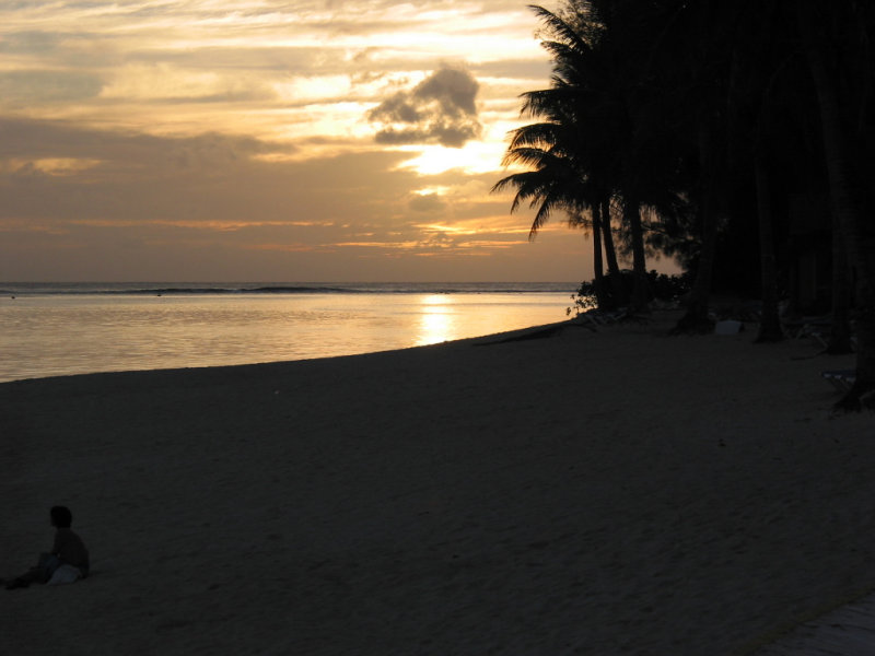 Sunset, Rarotongan Resort 330.JPG
