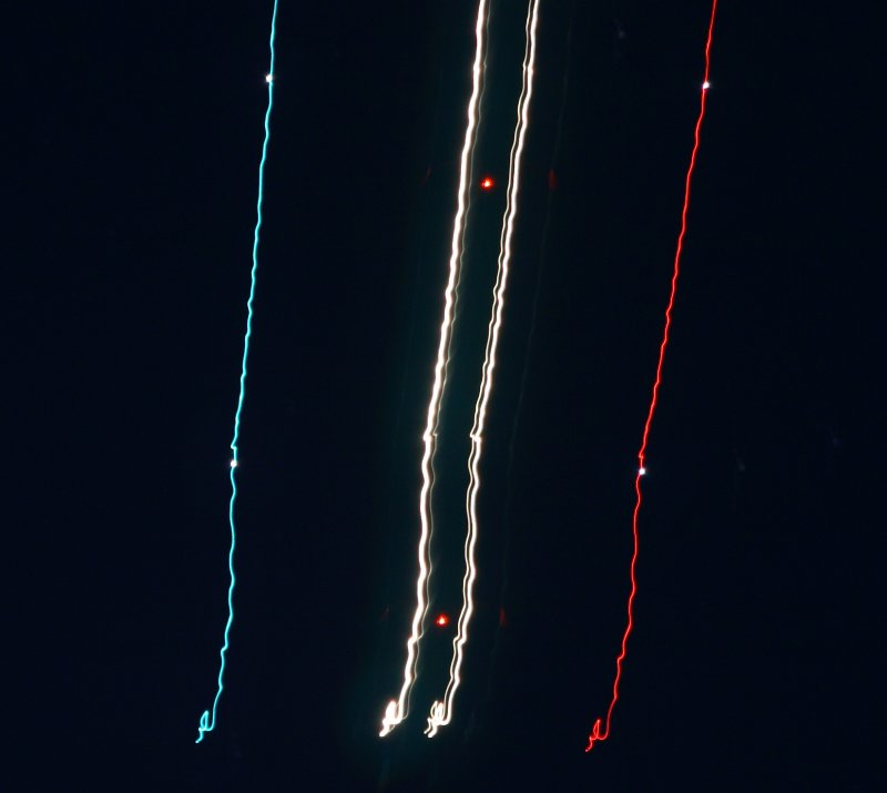 Aircraft approaching from bottom of image 7118