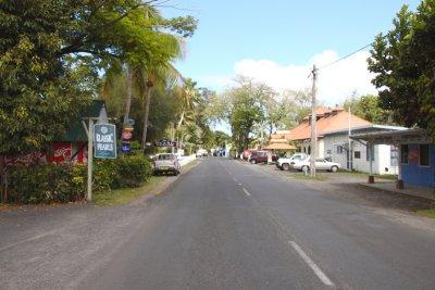 Into Avarua from NE 4700r.jpg