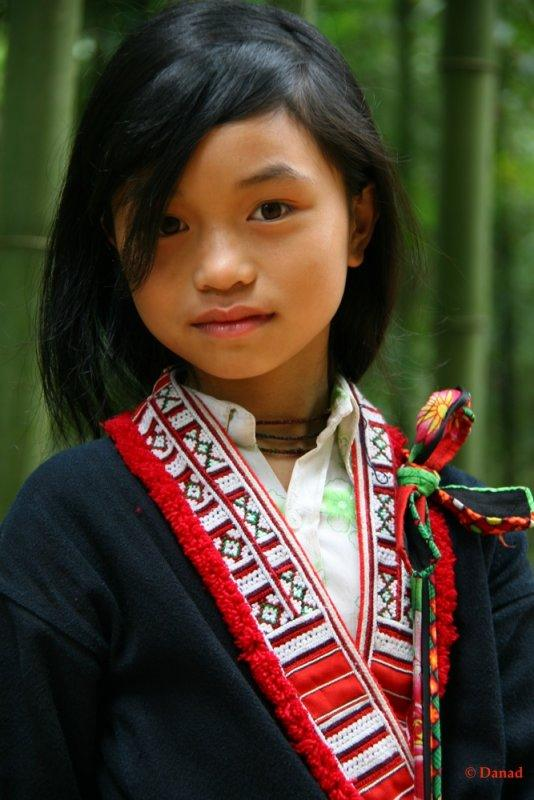 A Red Dzao School Girl. Pan Hou.