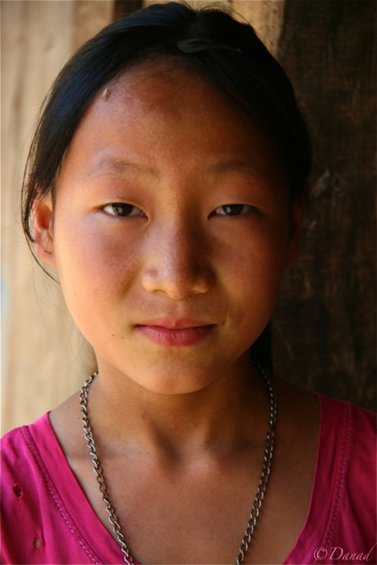 Young Lolo girl - Hagiang Province