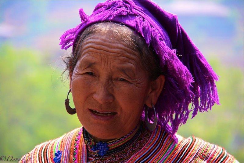 Hmong flower Can Cau market