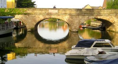 Oxfords Folly Bridge