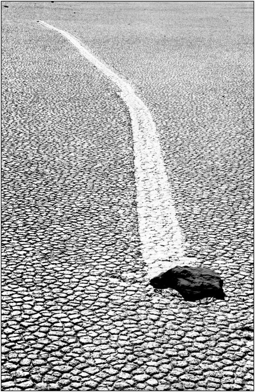 30  stone in Racing Track Death Valley.jpg