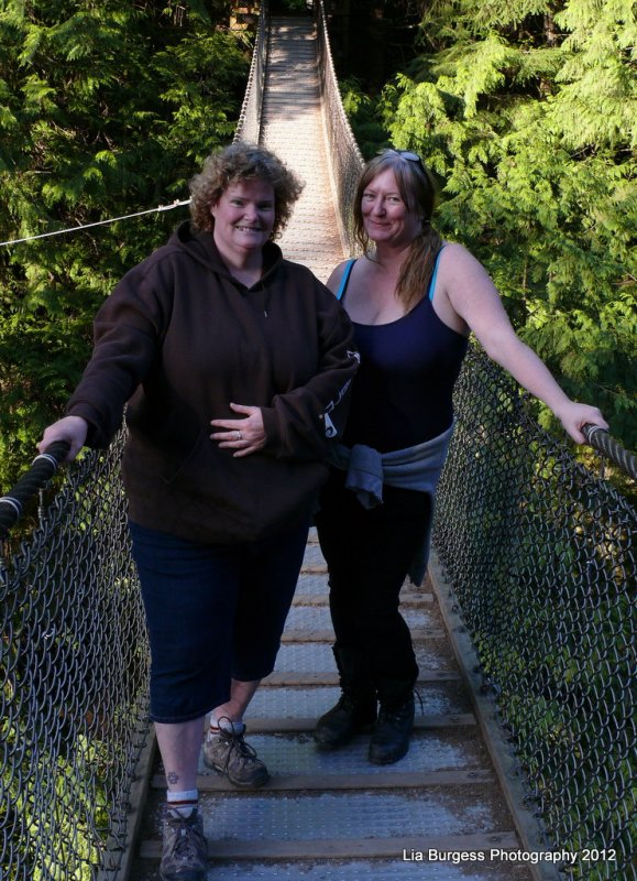 Kim and I in the middle of Lynn Canyon Suspension Bridge