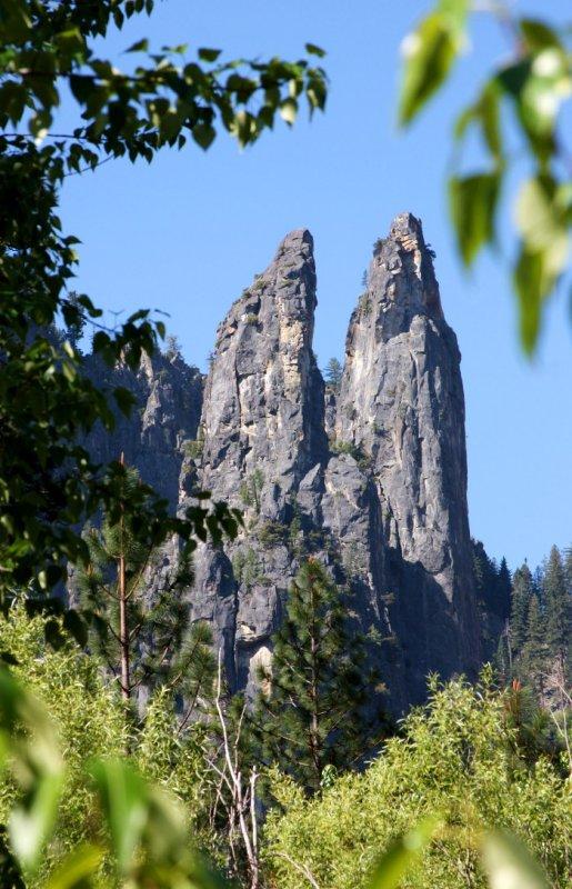 Yosemite. Cathedral Rocks