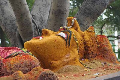 Reclining clay goddess near Salem, Tamil Nadu http://www.blurb.com/books/3782738