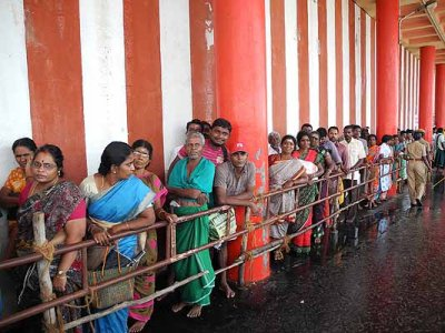 Pilgrims waiting to get to the Sanctum Sanctorum of the Subramanyam [Murugan] temple.
