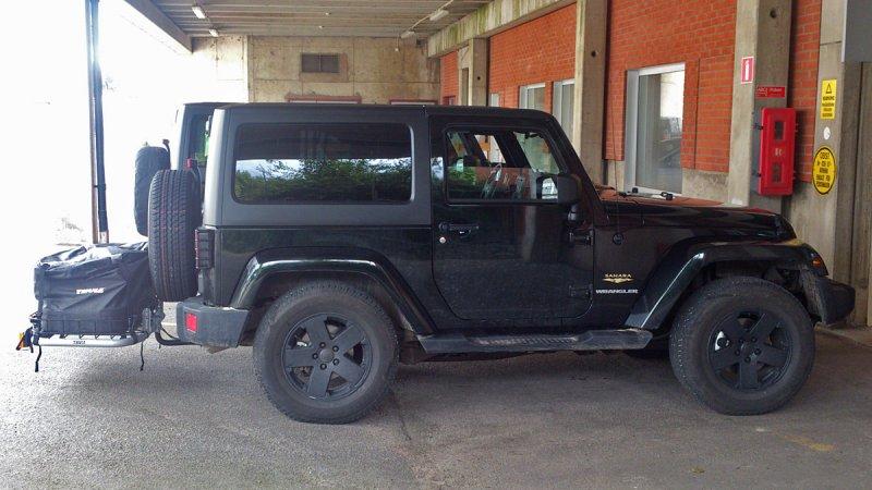2 door vs 4 door jeep wrangler jk 2012 photo omar br nnstr m photos at. Black Bedroom Furniture Sets. Home Design Ideas
