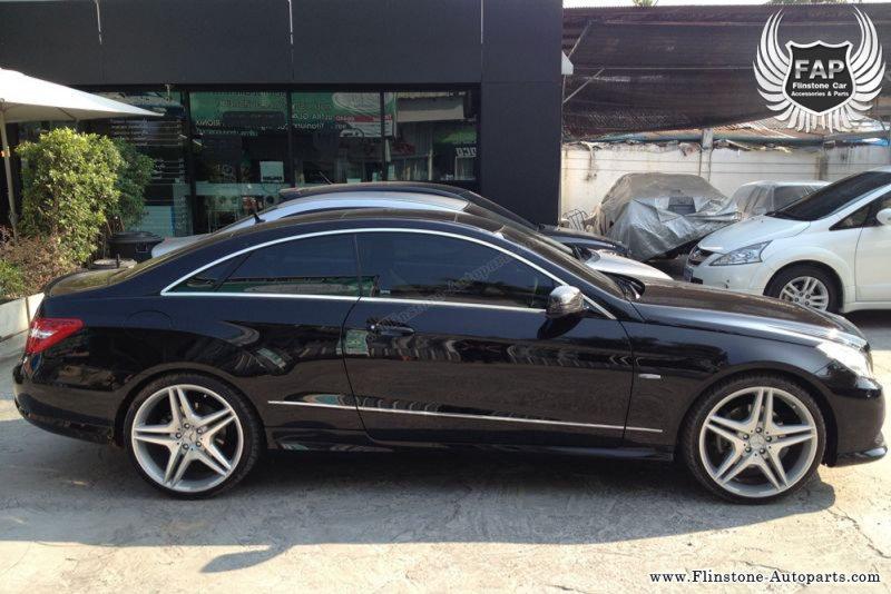 W207 Mercedes Carbon Rear Spoiler.jpg