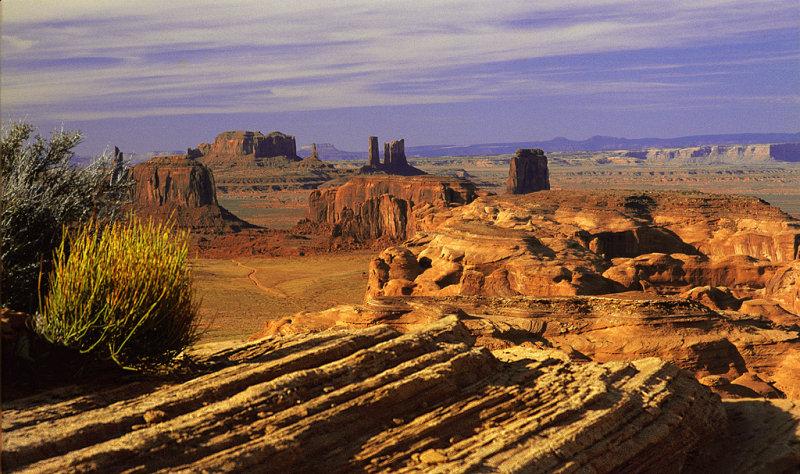 Hunts Mesa Monument Valley Az-3.jpg