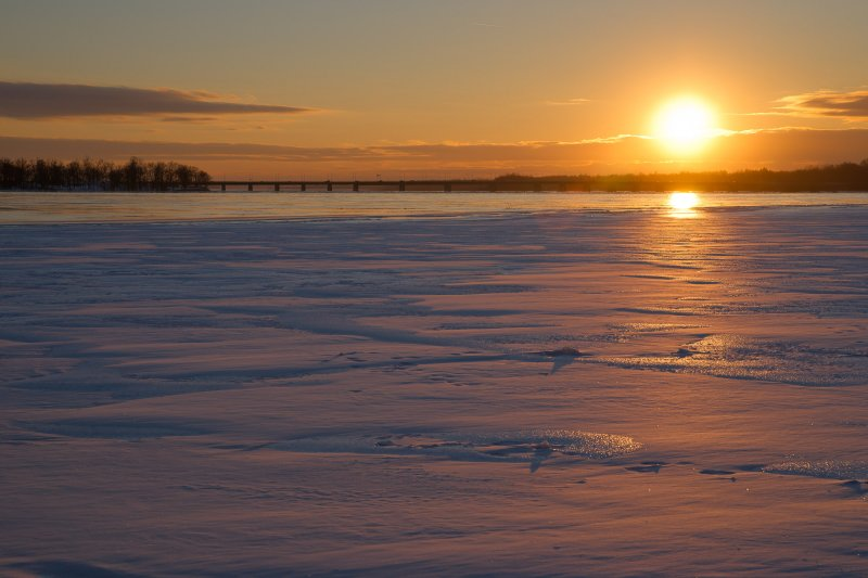 21 janvier : froid intense et soleil couchant sur lOutaouais / January 21st: deep cold and sunset on the Ottawa River