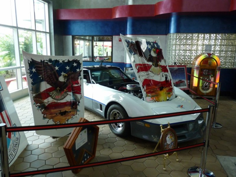 corvette 005 [1280x768].JPG