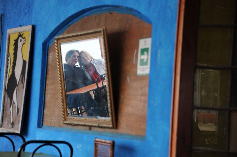 pared azul.jpg