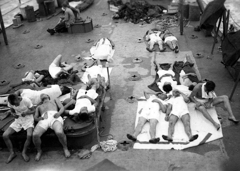 USS Indianapolis- Survivors on deck of the USS Bassett (1)
