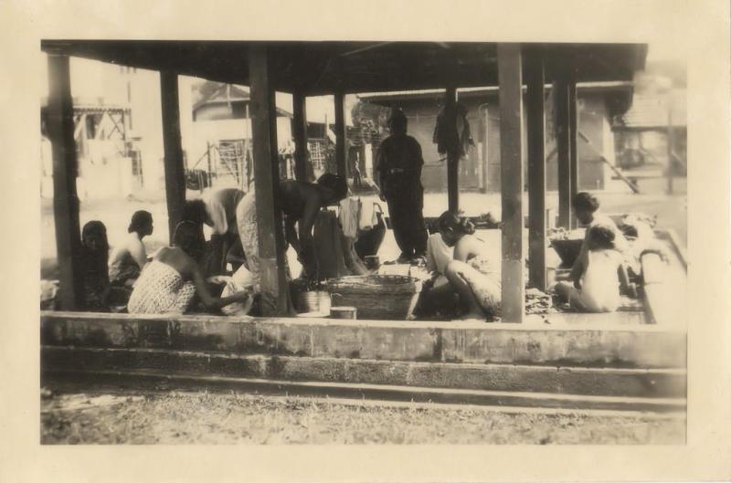 Bandung, Indonesia 1948, Baboes