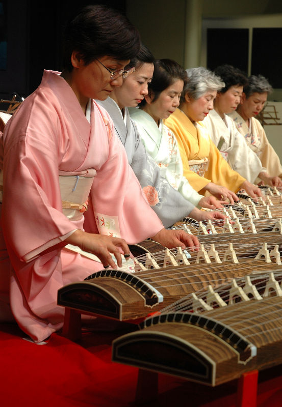 Harmony and talent in playing the traditional Koto