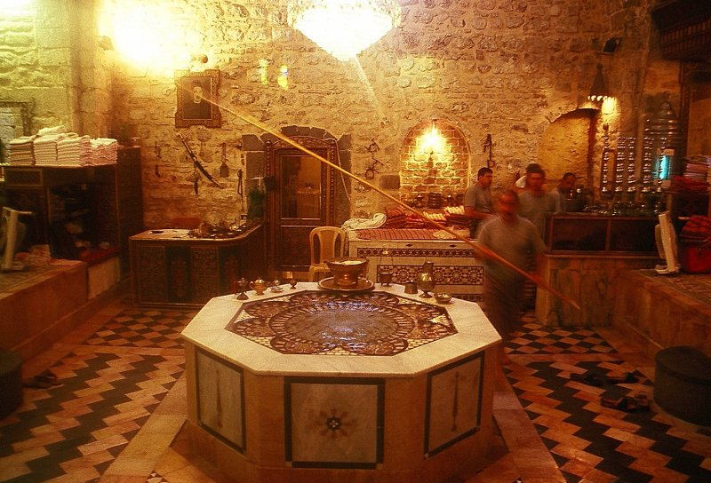 Fountain in the outer hall of the Hammam