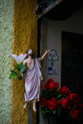 Tomb decoration, Cuenca, Ecuador, 2011
