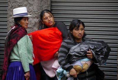 Bus stop, Cuenca, Ecuador, 2011