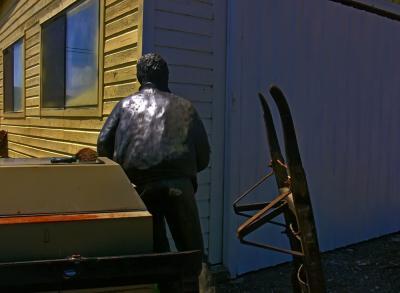 Metallic man, Gardner, Oregon, 2006