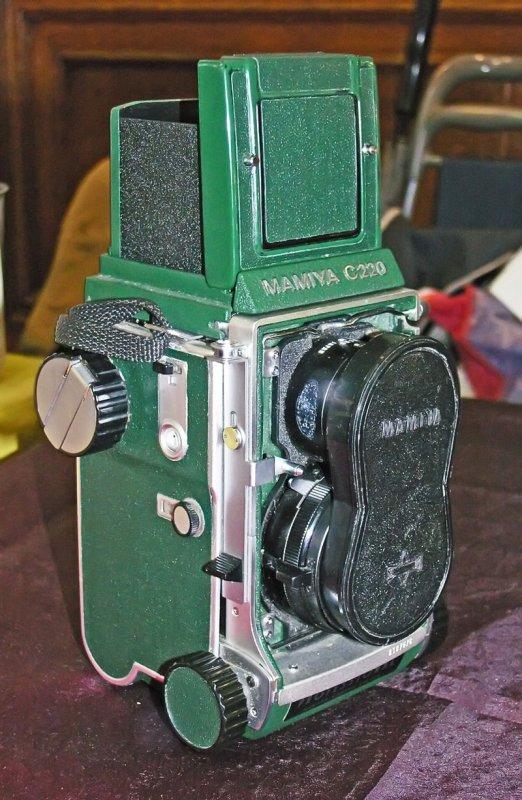 Mamiya-C220-Green-2--4x6-.jpg