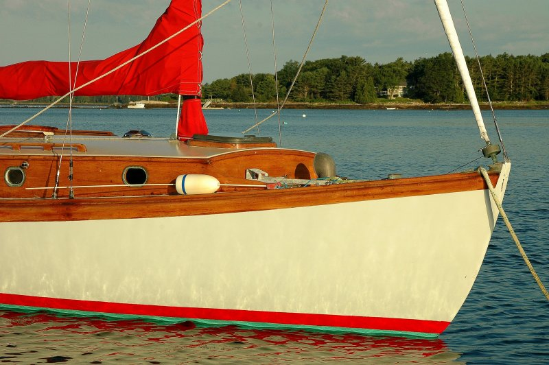The Red & White Sloop - 2