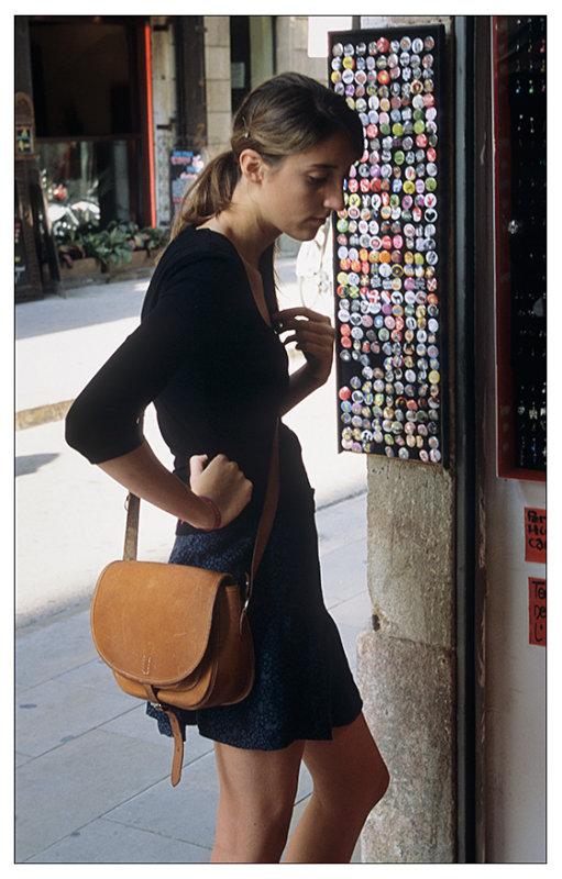 Button shopping