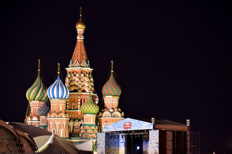 RUS_0528: St. Basils, Red Square