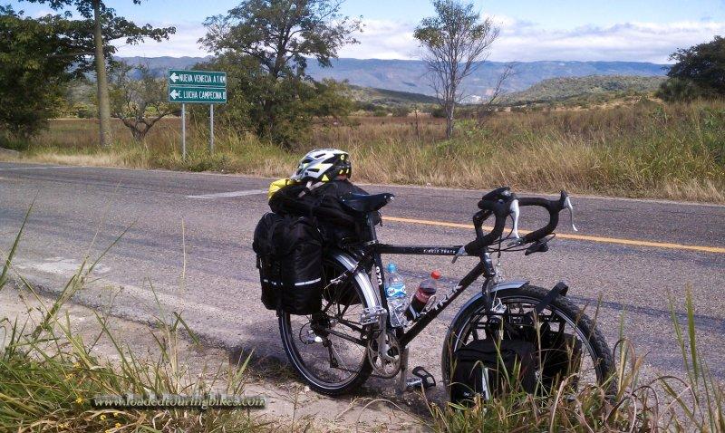 387    Brian touring Mexico - Trek 970 touring bike