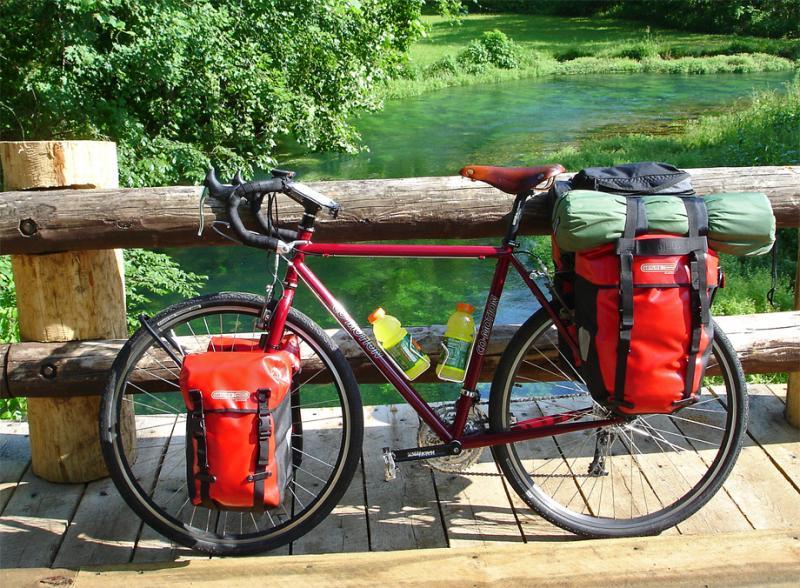 052  Larry - Touring through the USA - Co-Motion Americano touring bike