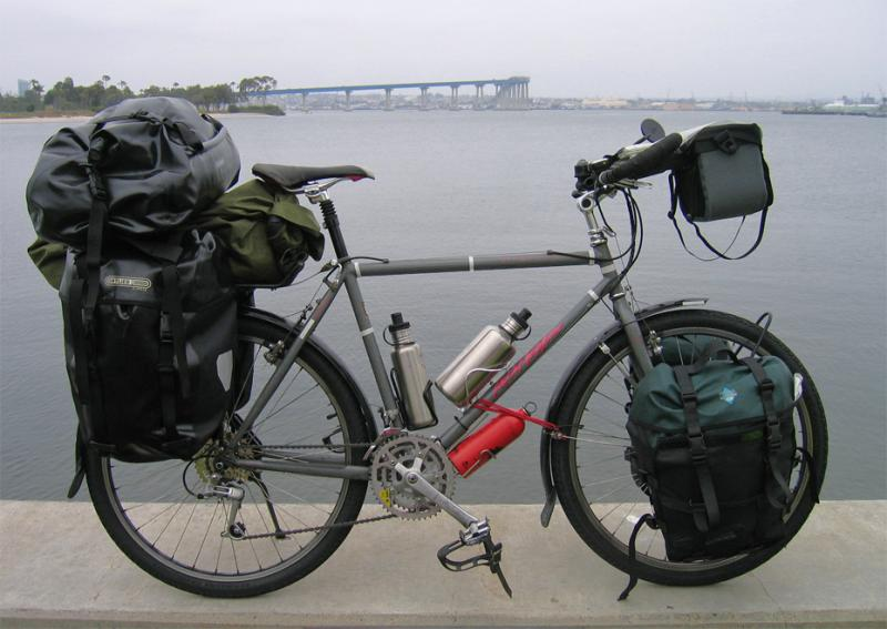 056  Rich - Touring California - Specialized Rockhopper Comp touring bike