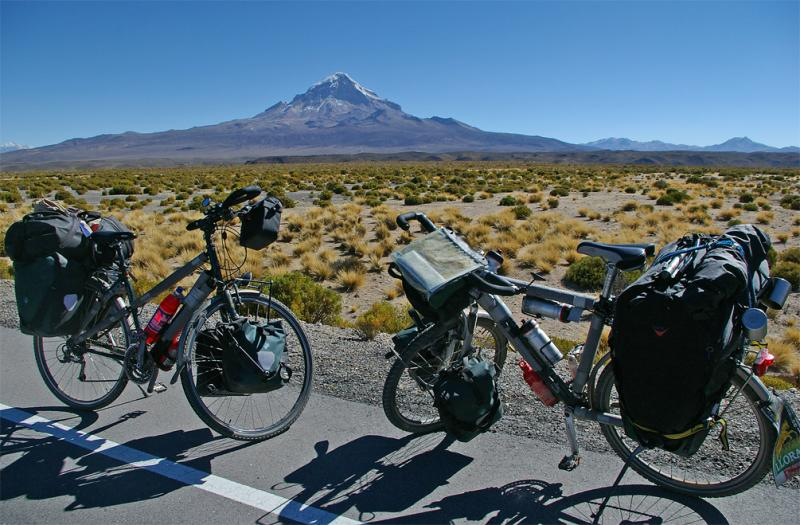 063  Christel & Robin - Touring through Bolivia - Koga Worldtraveller touring bike
