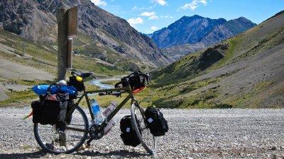 365    Daniel Touring New Zealand - Cannondale T2000 touring bike