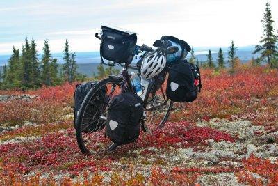 378    Laura touring Canada - Trek 7900 touring bike