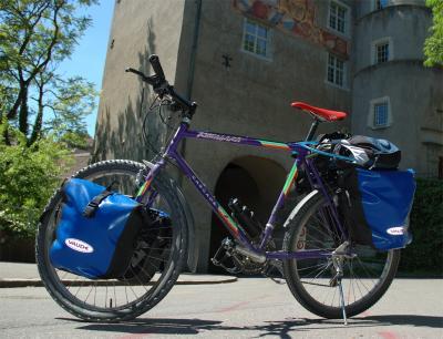 068  Chris - Touring through Switzerland - Kuwahara Cascade Cross touring bike