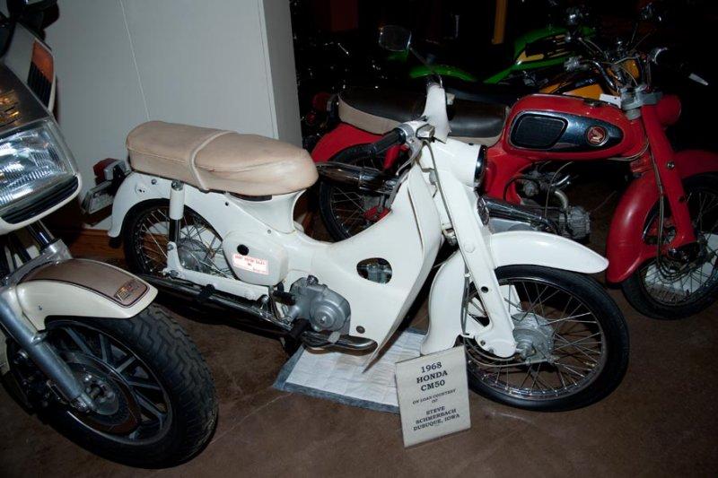 1968 Honda CM 50