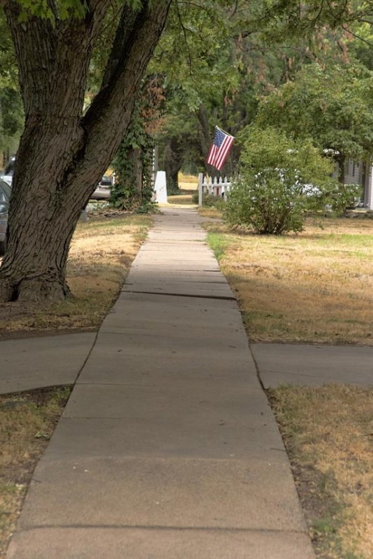 Sidewalk, 4th Ave